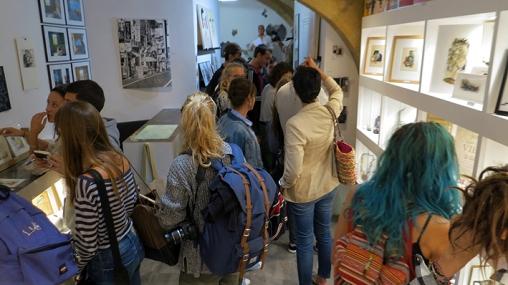 n5-galerie_lecture-publique_gilles-bingisser_marion-capelier_-yann-van-der-meer_exposition_dessin_montpellier_septembre2016_2